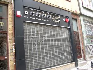 Gitar Center Cephe Giydirme